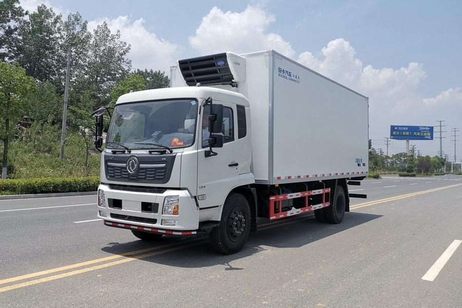 国六东风天锦冷藏车
